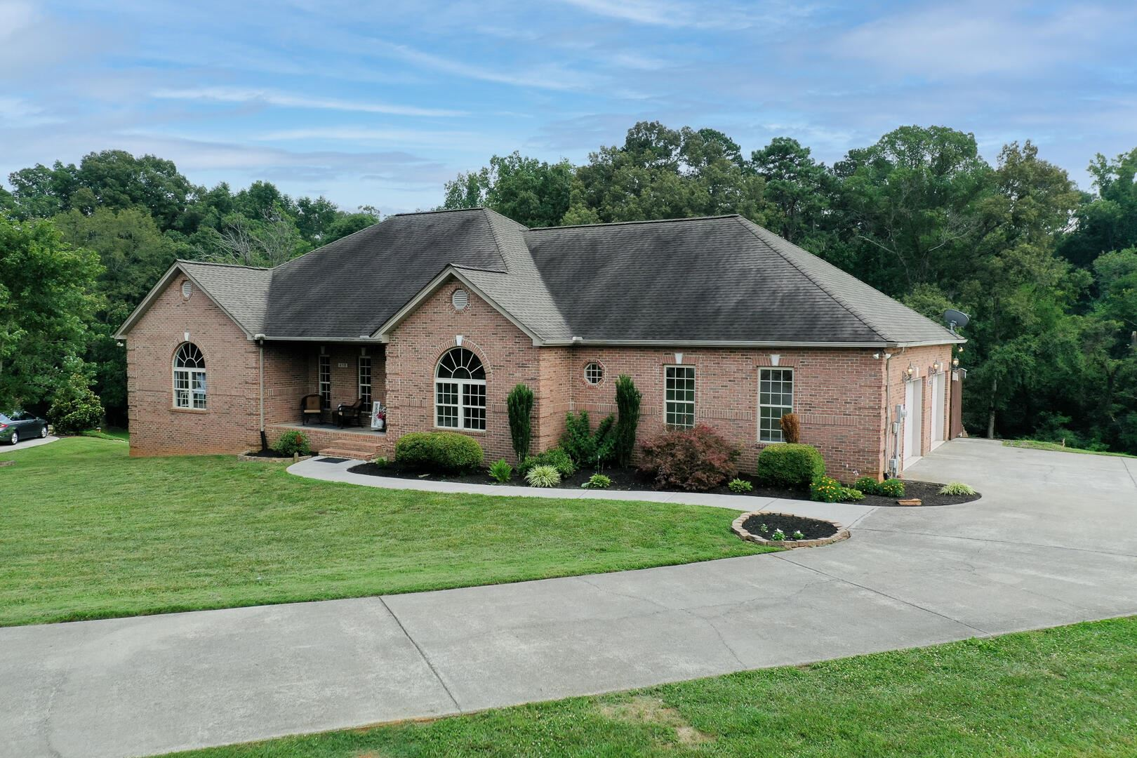 Photo of 458 Lager Drive, Maryville, TN 37801 (MLS # 1161503)