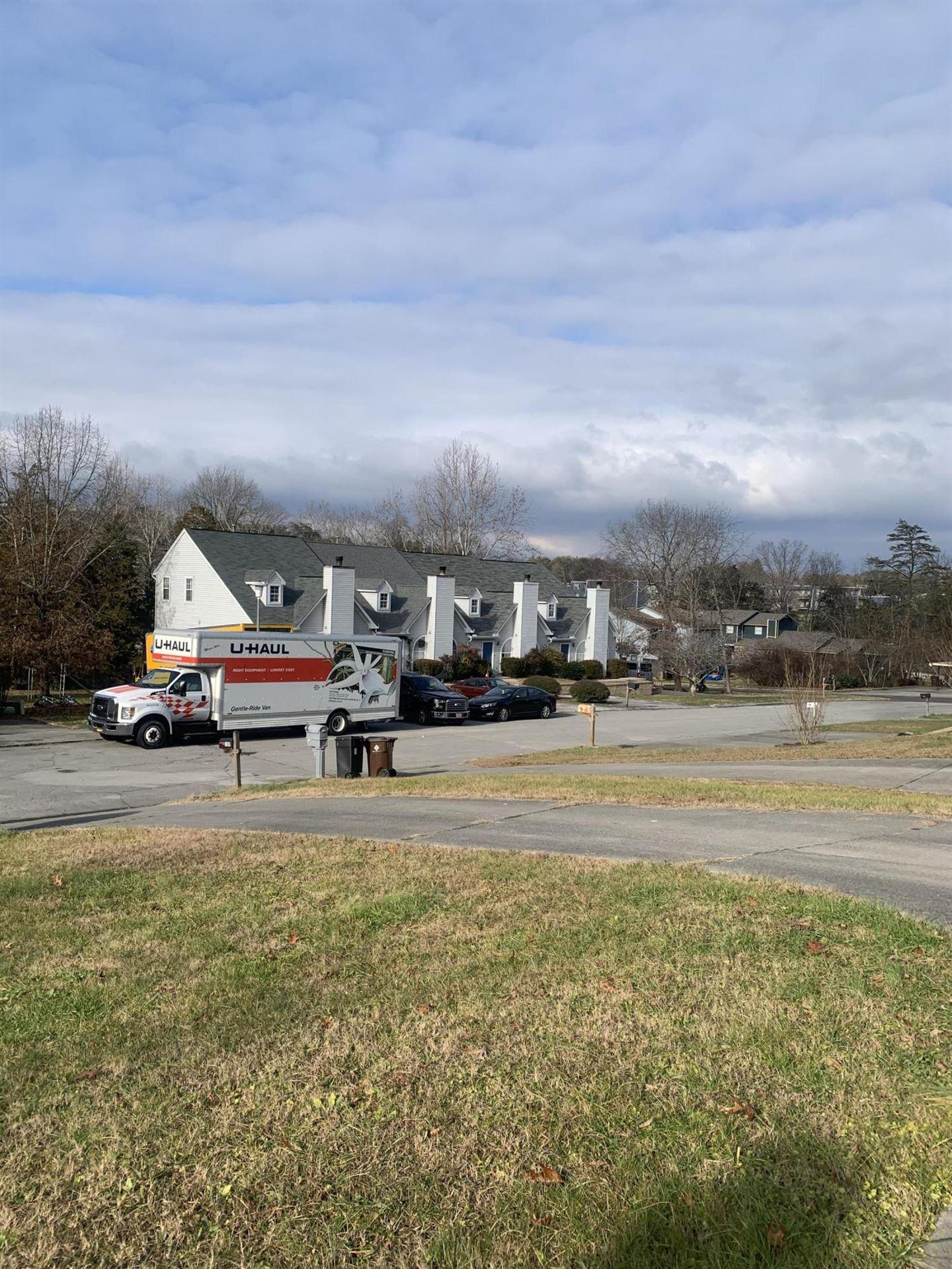 Photo of 109 Hanover Place, Oak Ridge, TN 37830 (MLS # 1138504)