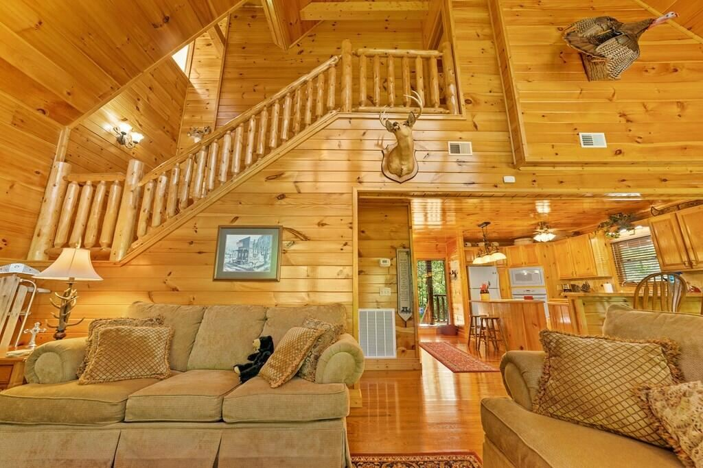 Photo of 1570 Oldham Springs Way, Sevierville, TN 37876 (MLS # 1161508)