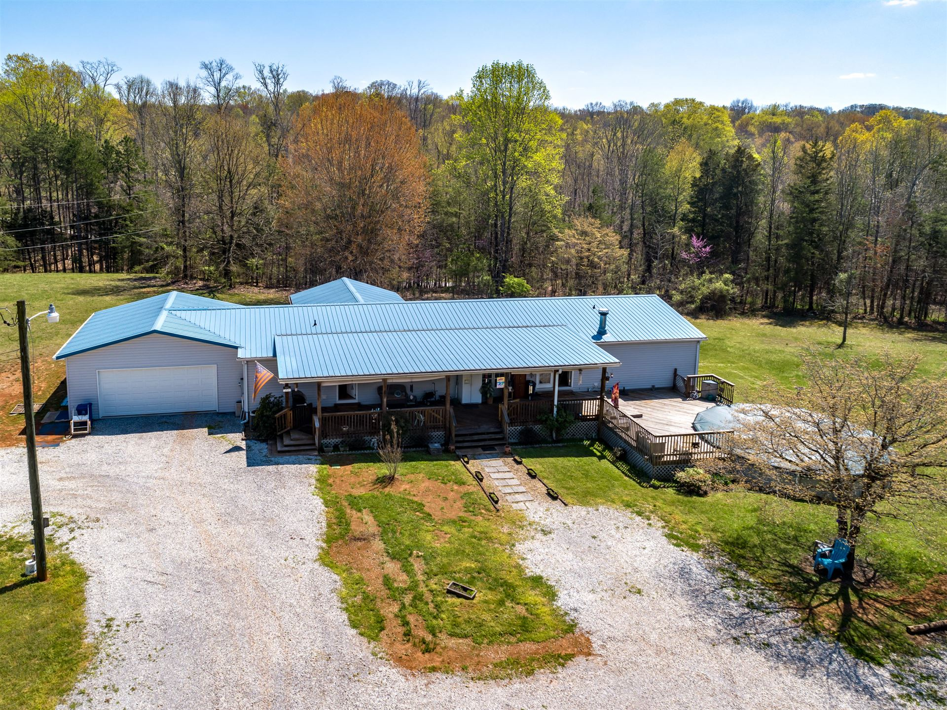 Photo of 1621 Drinnen Rd, Knoxville, TN 37914 (MLS # 1148525)