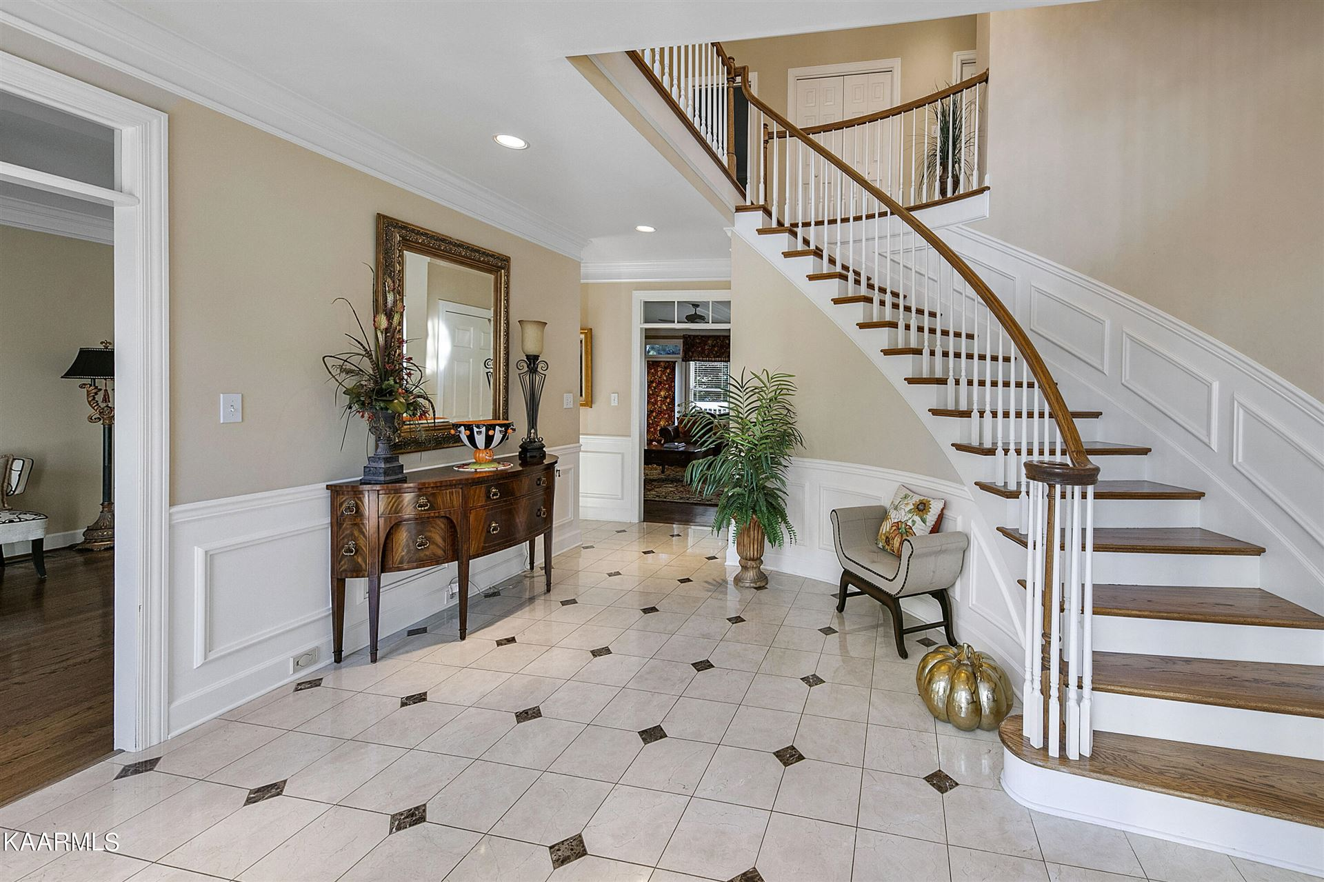 Photo of 1625 Kilmer Drive, Knoxville, TN 37922 (MLS # 1171546)