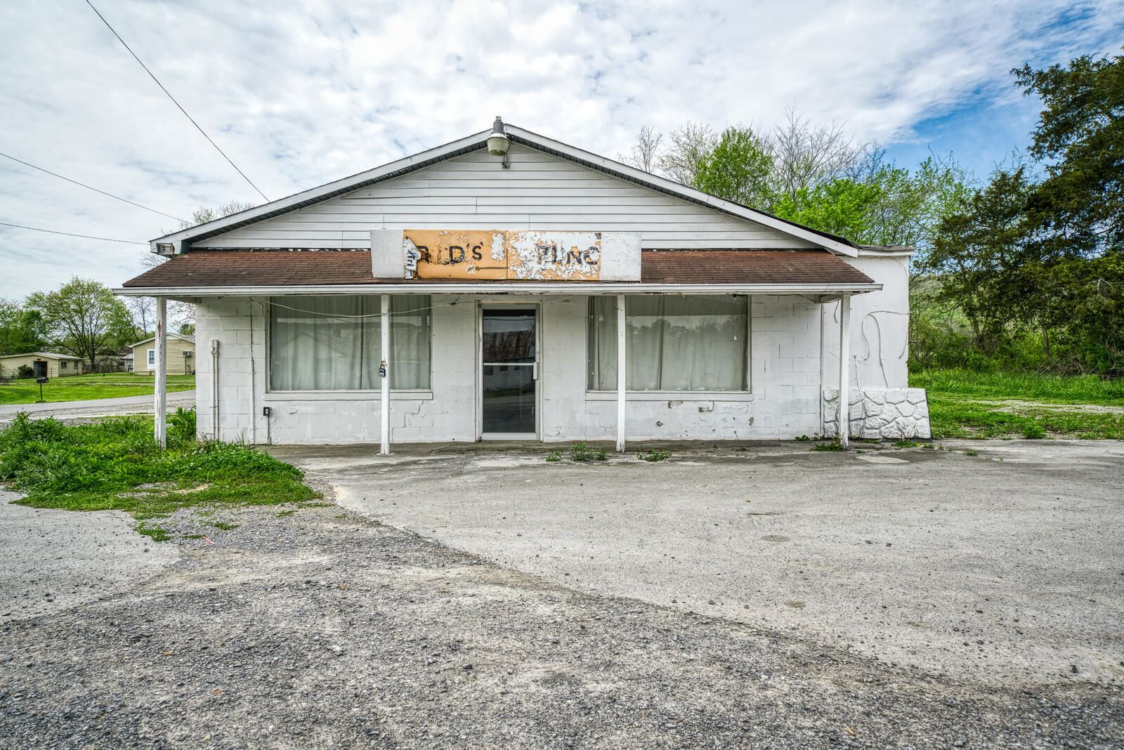 Photo of 38898 SR 30, Pikeville, TN 37367 (MLS # 1150551)