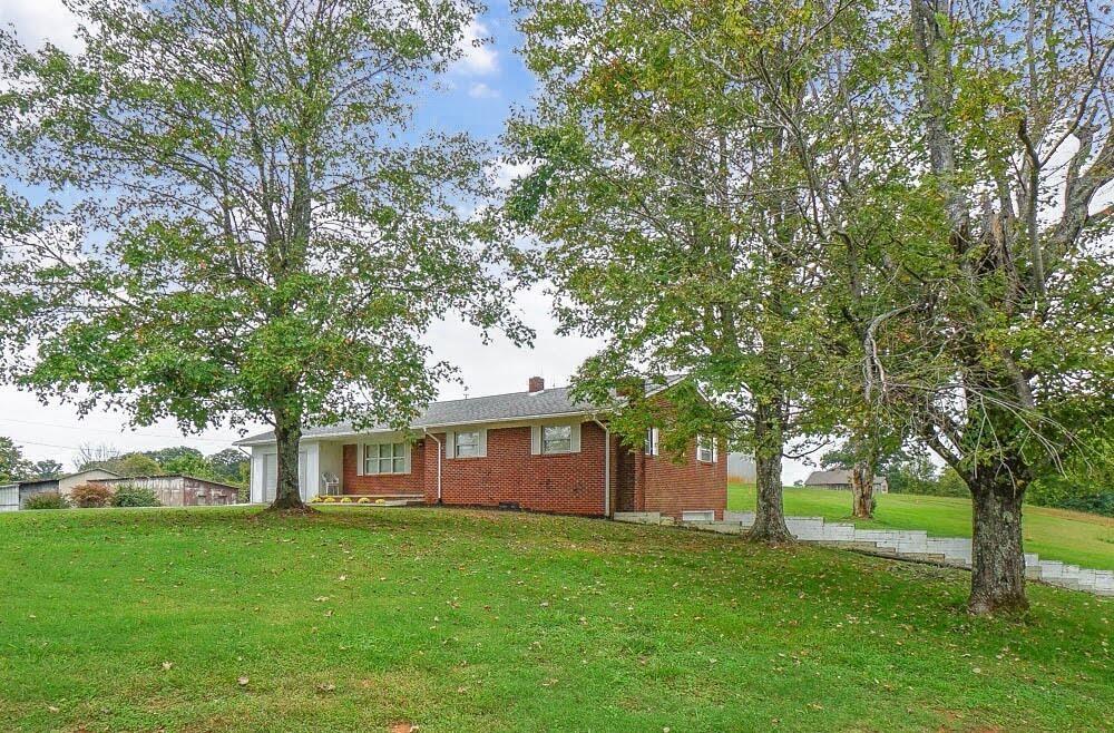 Photo of 6253 Nine Mile Rd, Maryville, TN 37801 (MLS # 1170554)
