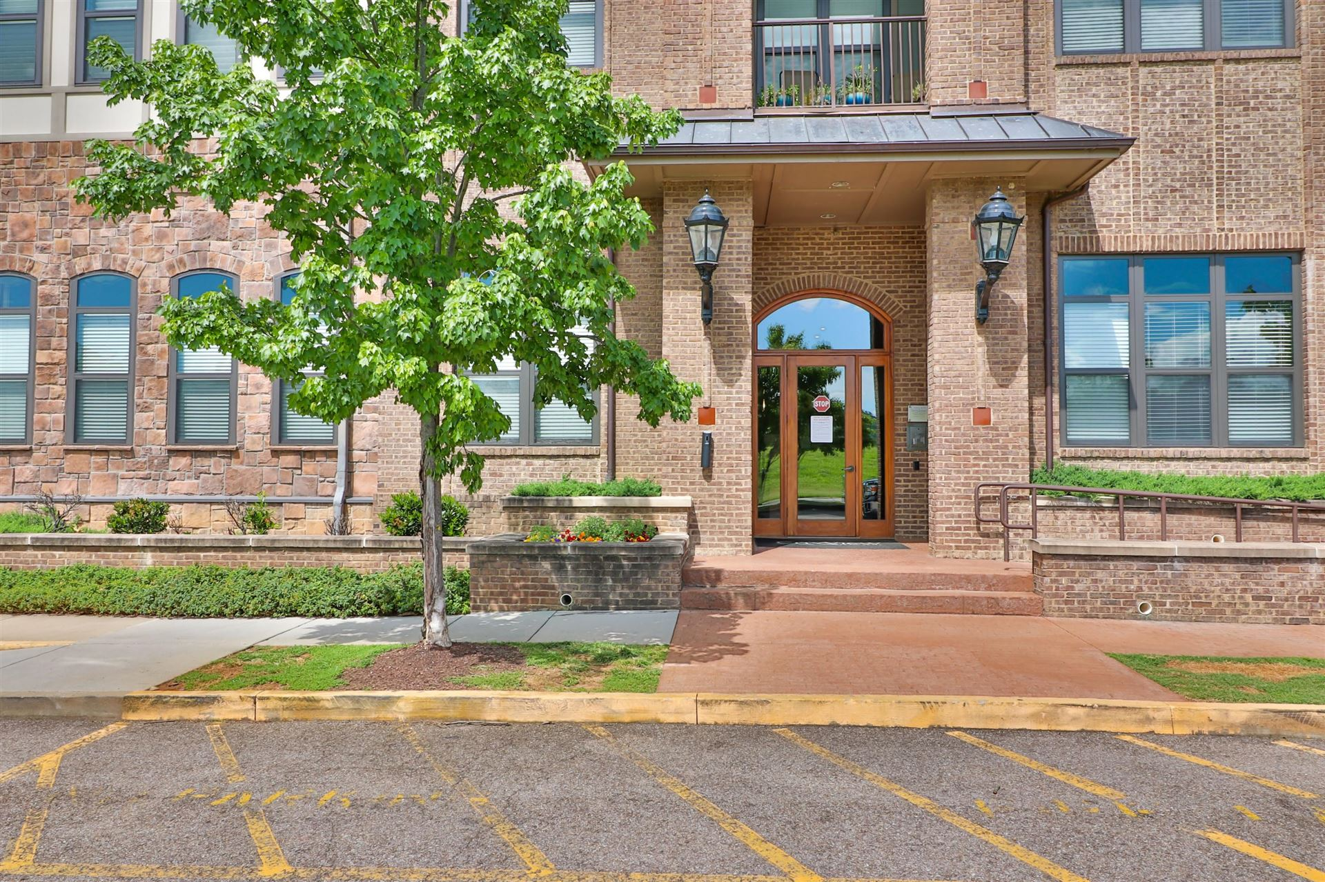 Photo for 445 W. Blount Ave #524, Knoxville, TN 37920 (MLS # 1117556)