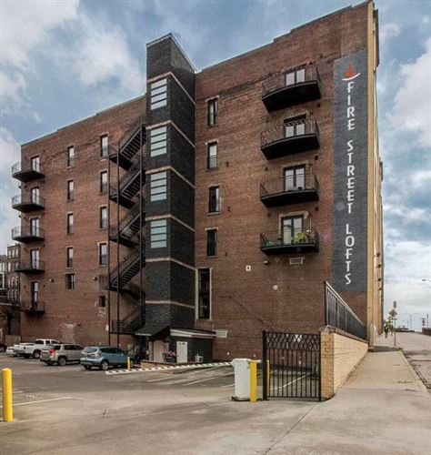Photo of 220 W Jackson Ave #Apt 505, Knoxville, TN 37902 (MLS # 1125558)