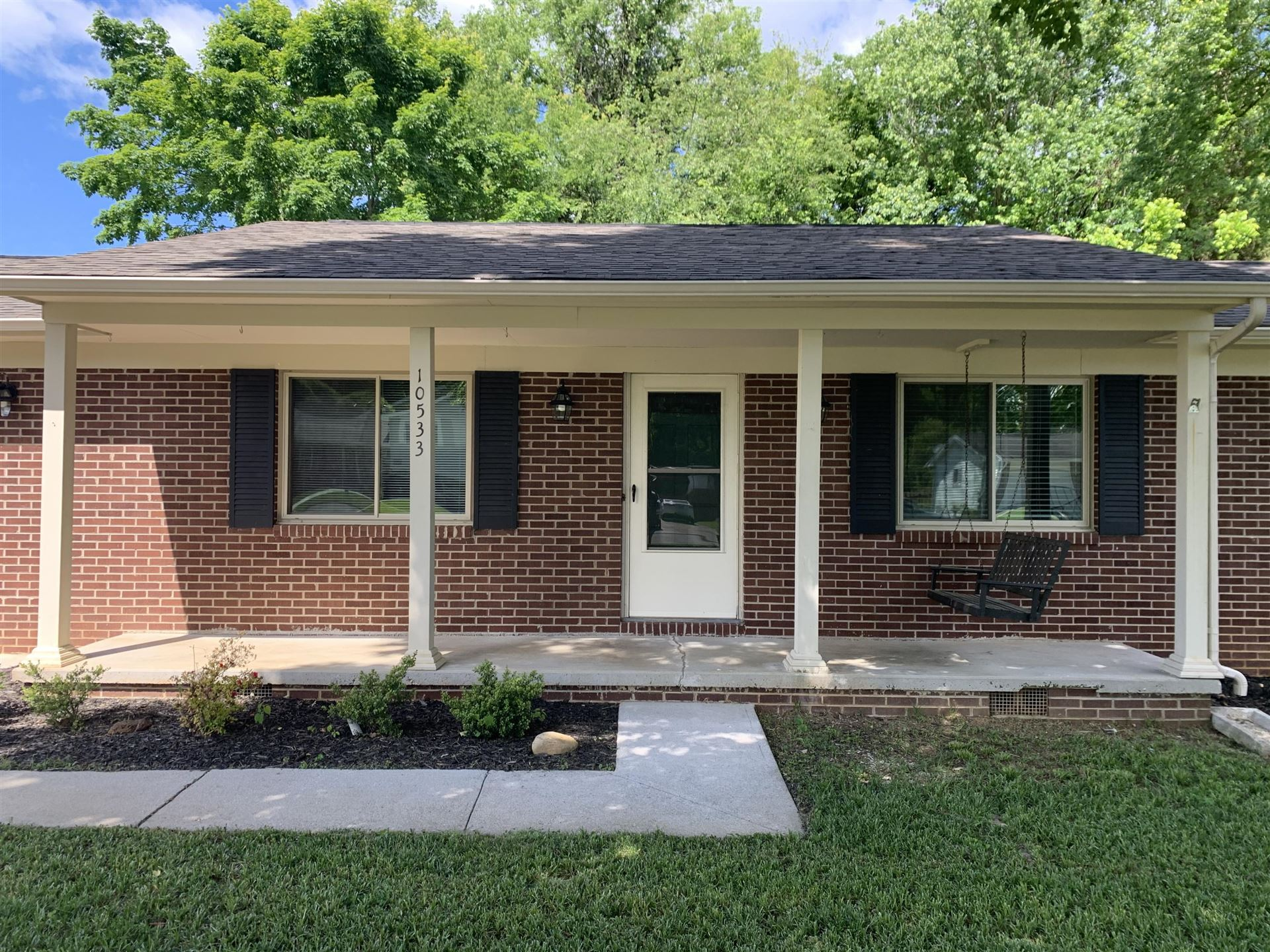 Photo of 10533 Blakewood Drive, Knoxville, TN 37922 (MLS # 1112567)