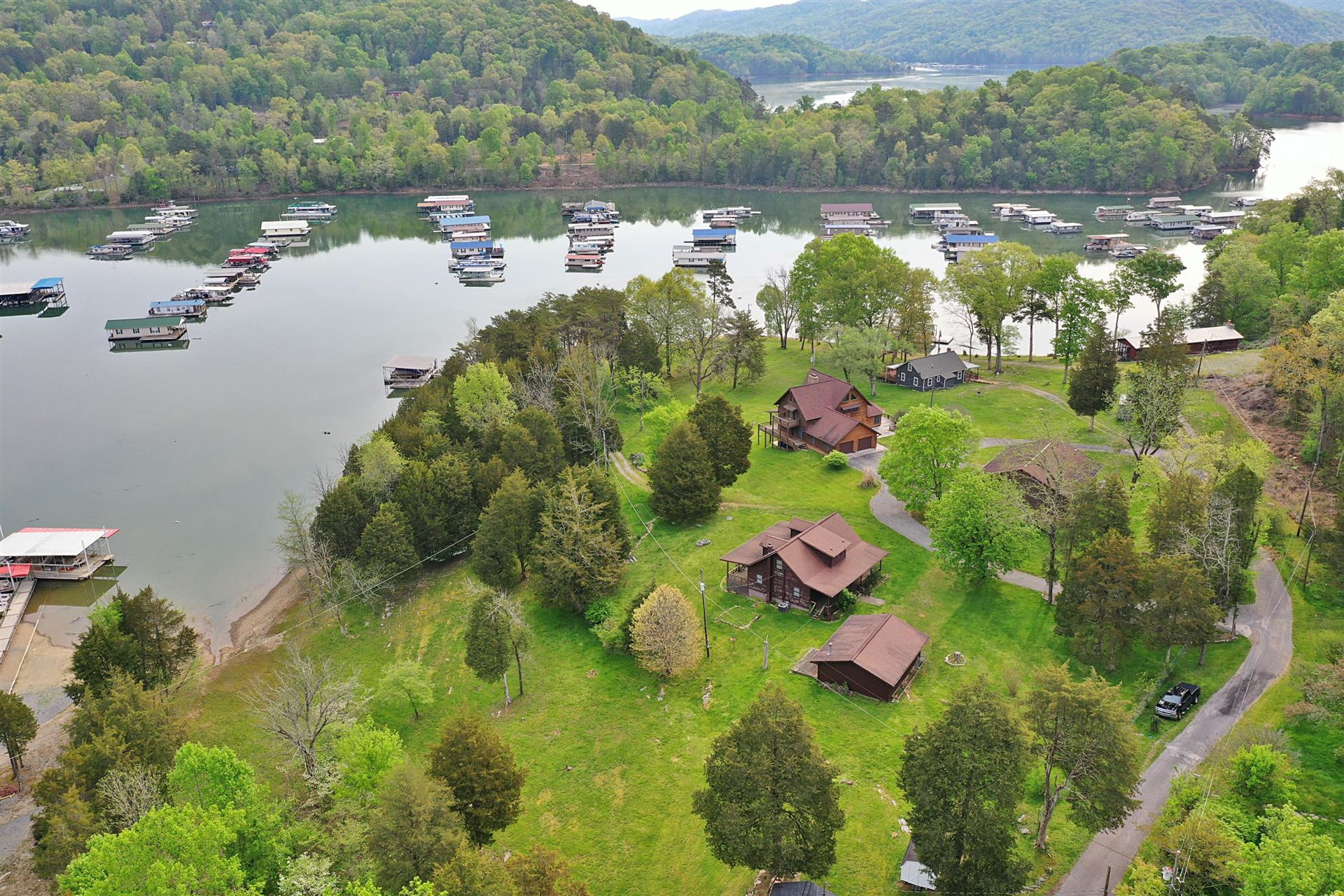 Photo for 345 Sanders Rd, New Tazewell, TN 37825 (MLS # 1143567)