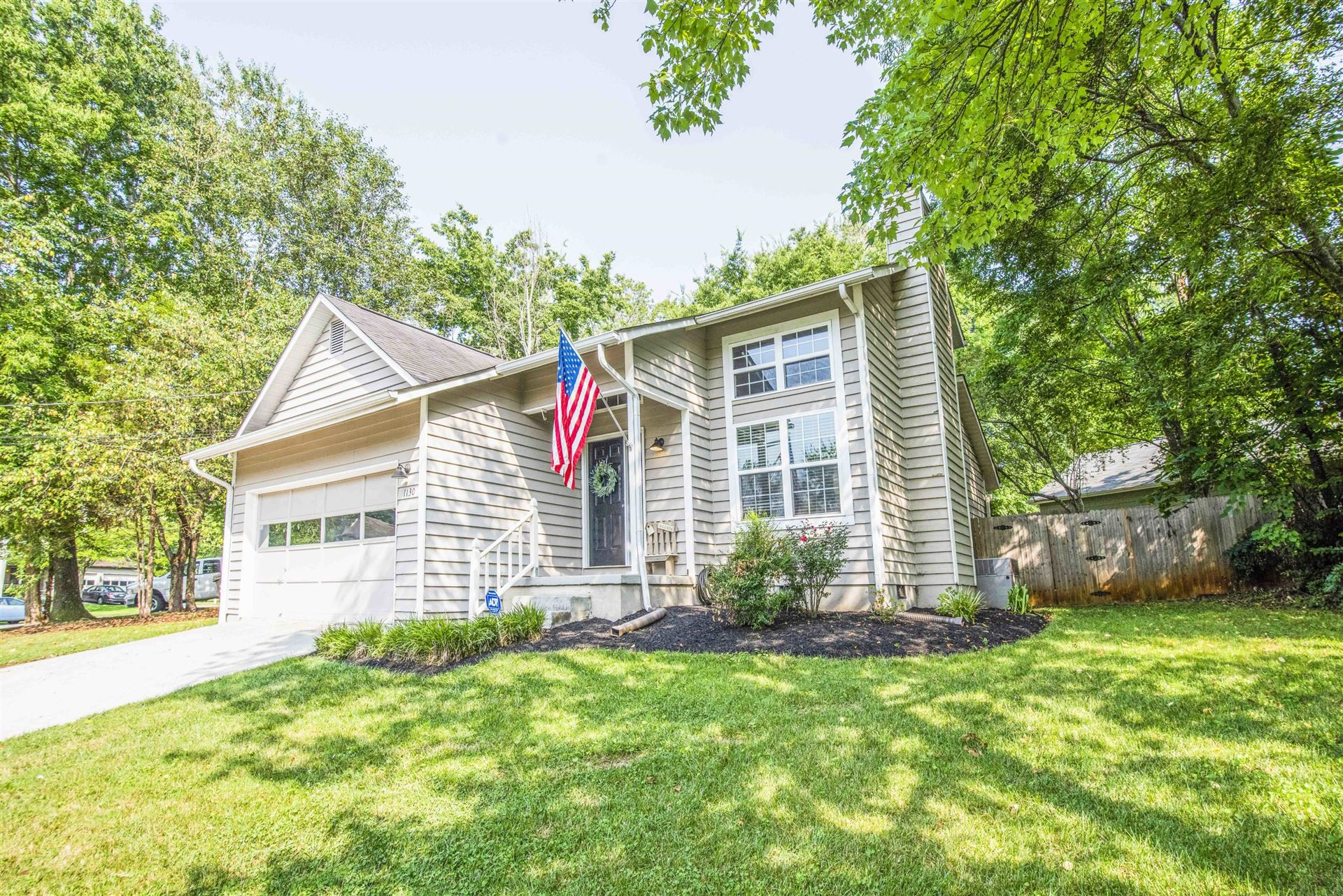 Photo of 1130 Durham Rd, Knoxville, TN 37931 (MLS # 1162572)