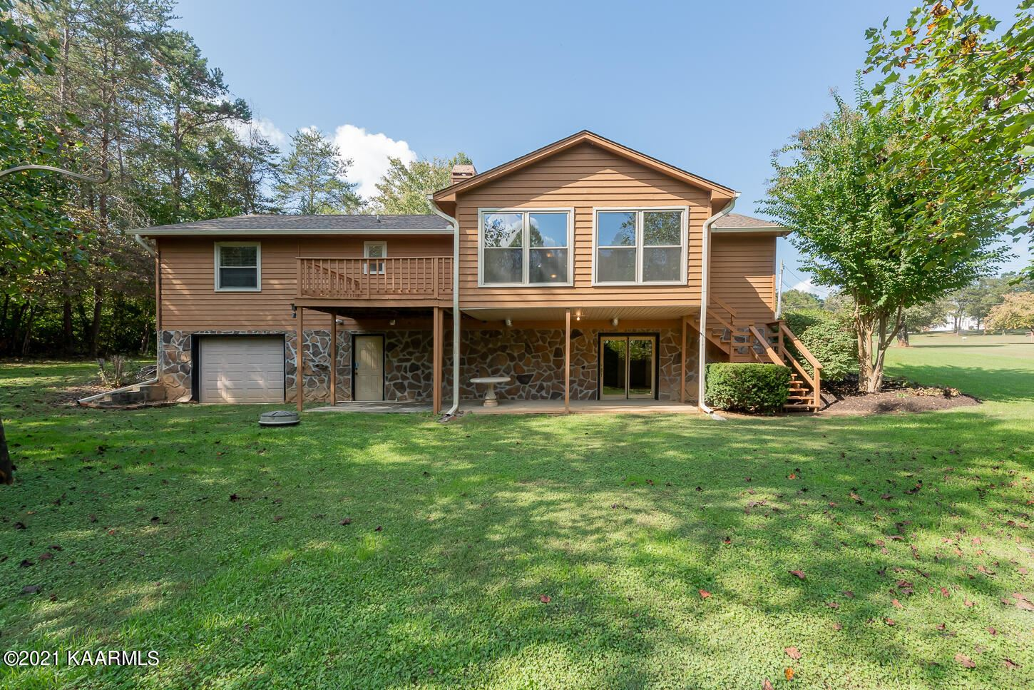 Photo of 900 Kimberlin Heights Rd, Knoxville, TN 37920 (MLS # 1170596)