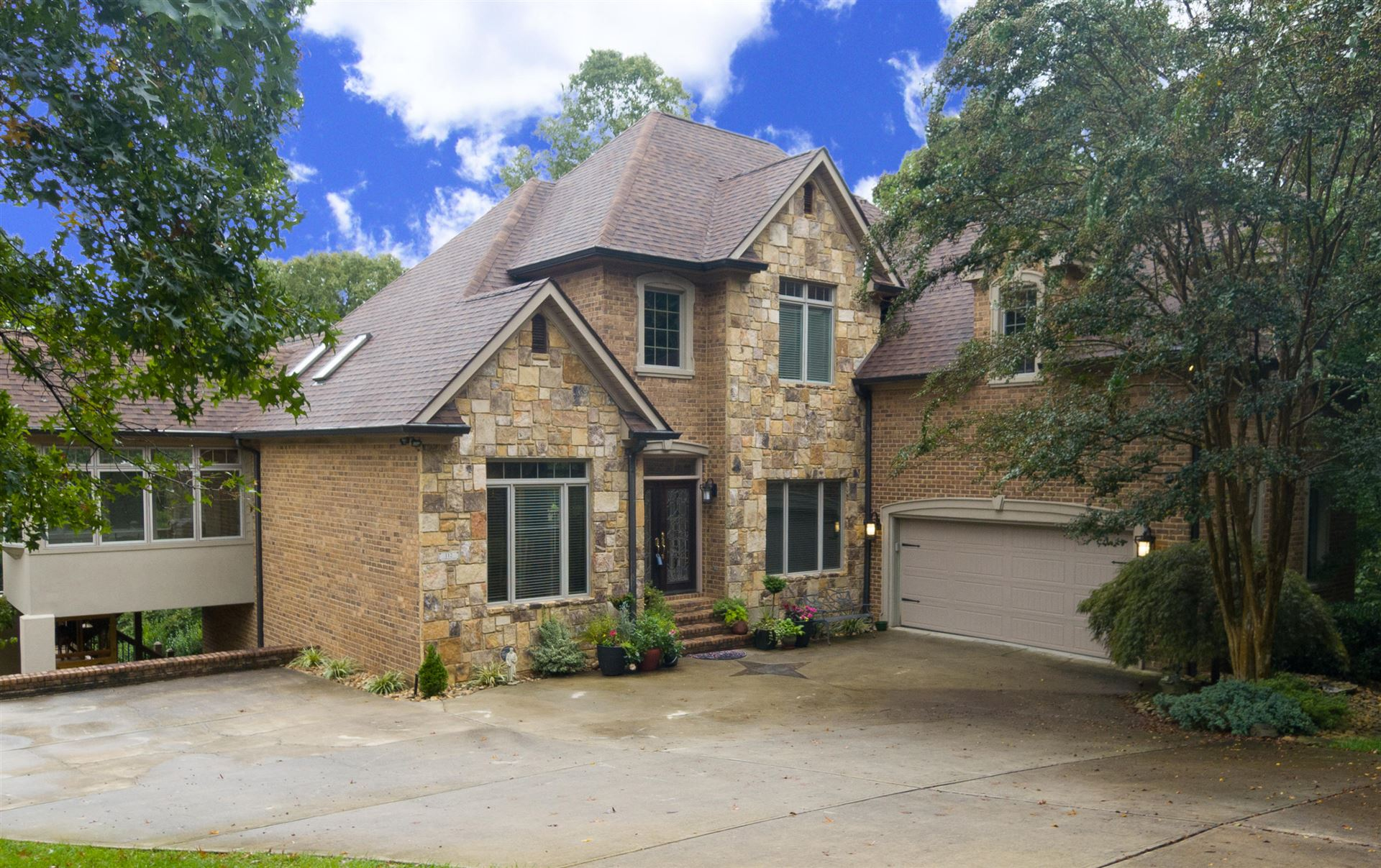 Photo of 112 Creekwood Court, Lenoir City, TN 37772 (MLS # 1130597)