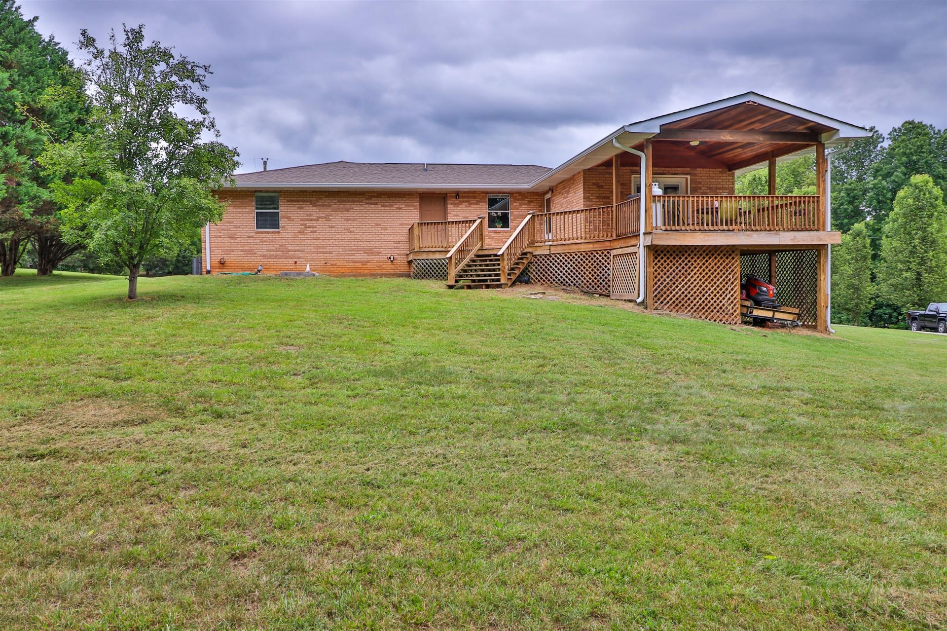 Photo of 1125 S Fork Drive, Sevierville, TN 37862 (MLS # 1120600)