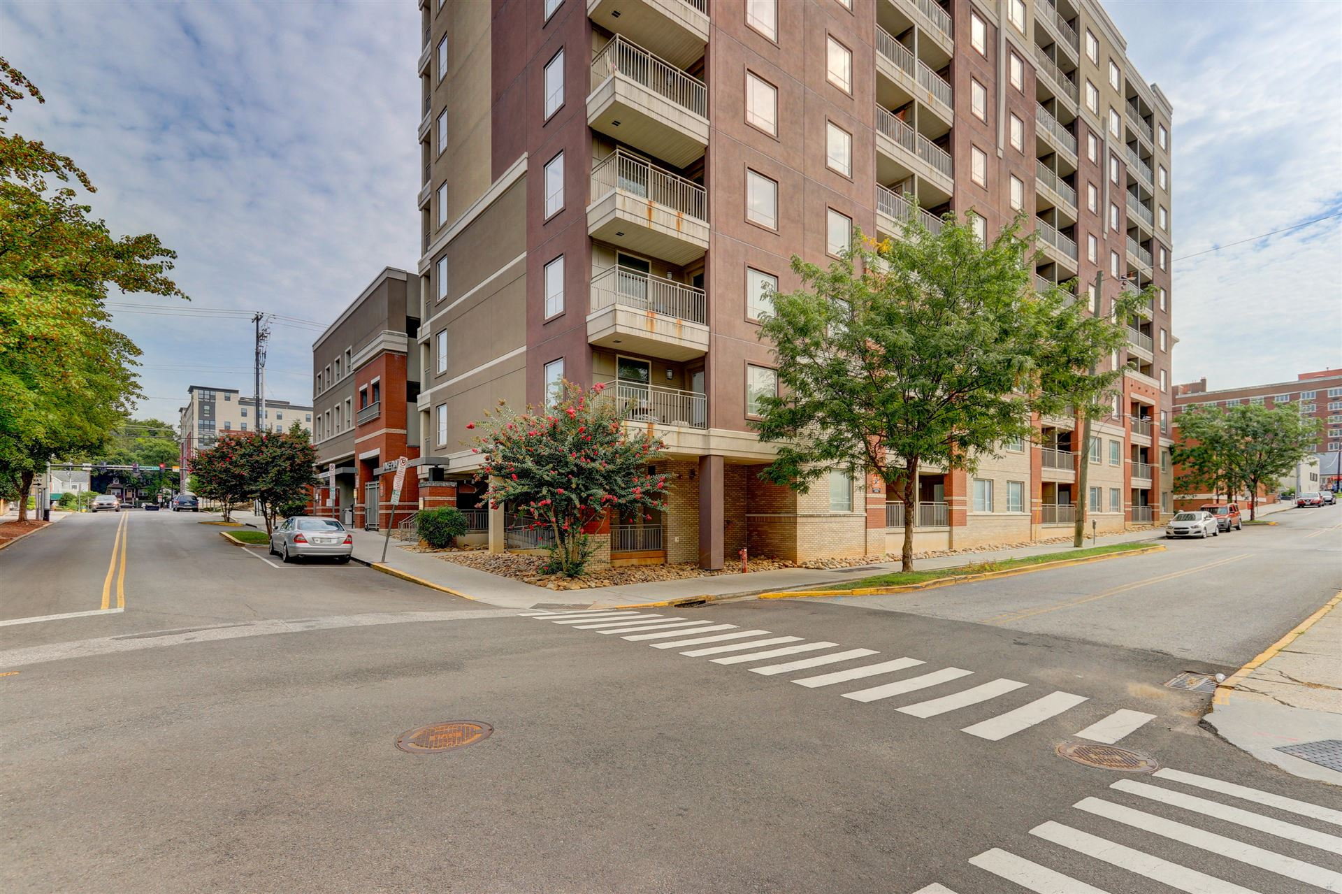 Photo of 1735 Lake Ave #APT 302, Knoxville, TN 37916 (MLS # 1149600)