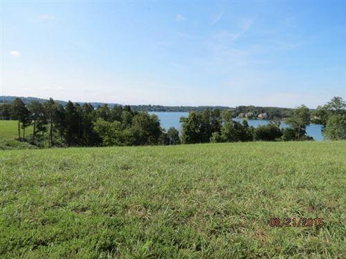Photo of 588 Windlass Drive, Lenoir City, TN 37772 (MLS # 1165607)