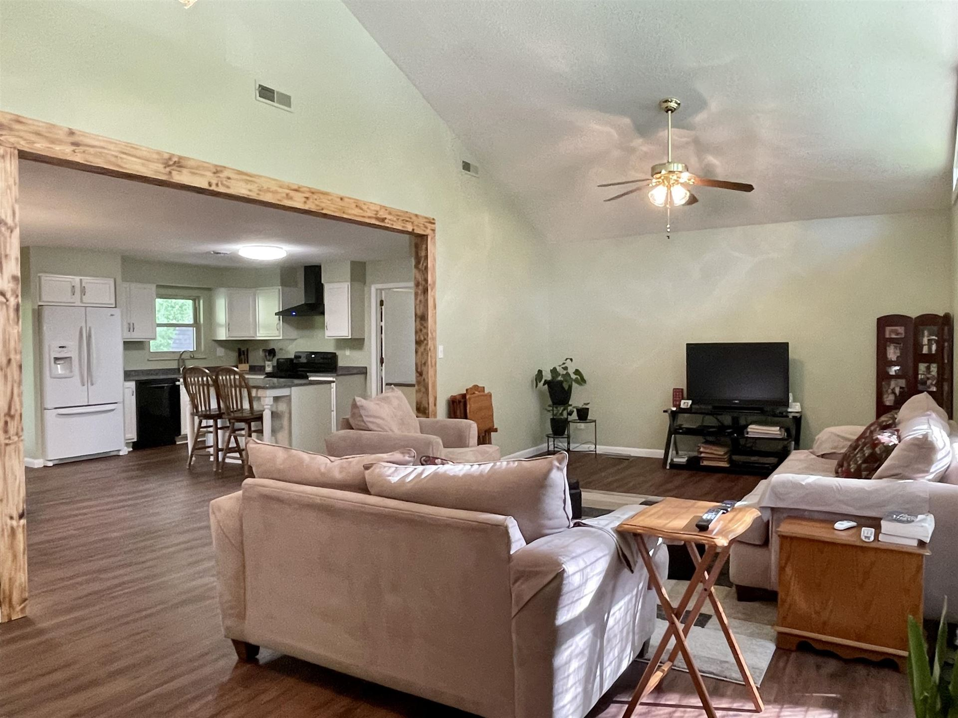 Photo of 130 Culver Rd, Oak Ridge, TN 37830 (MLS # 1160609)