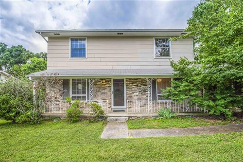 Photo of 1028 West Park Drive, Knoxville, TN 37909 (MLS # 1120617)