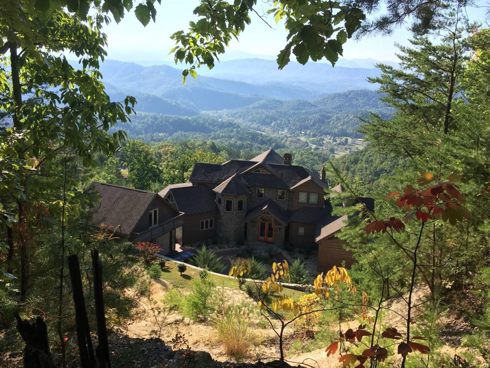 Photo of 960 Autumn Ridge Way, Sevierville, TN 37876 (MLS # 1161626)