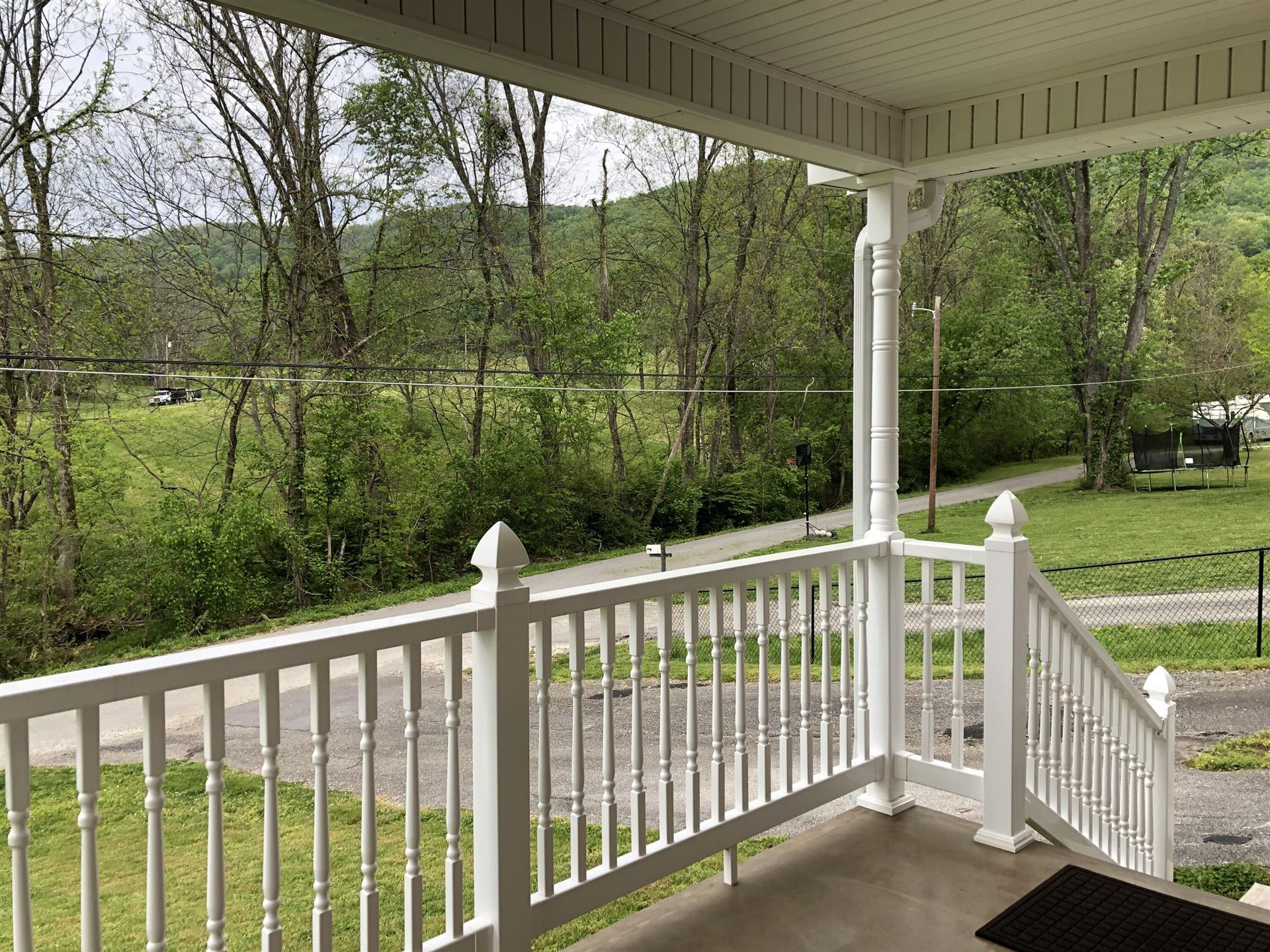 Photo of 146 Cedar Lane, Jacksboro, TN 37757 (MLS # 1151634)