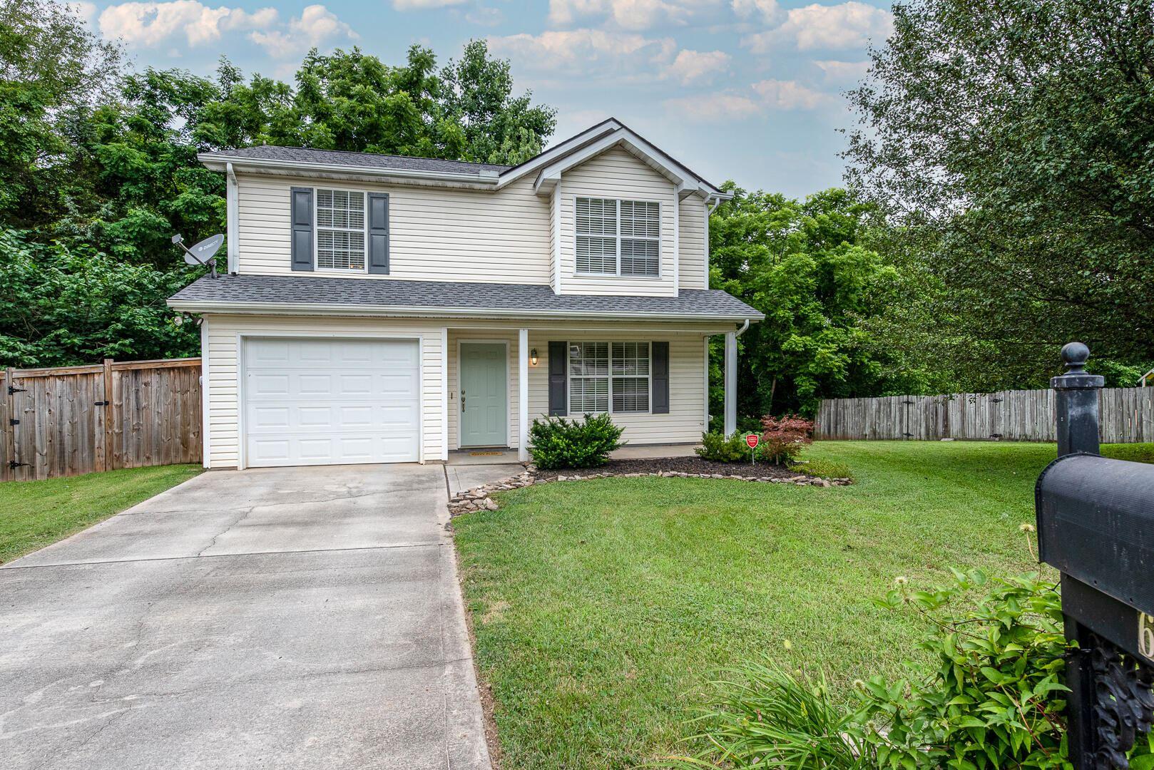 Photo of 649 Cornerbrook Lane, Knoxville, TN 37918 (MLS # 1167651)