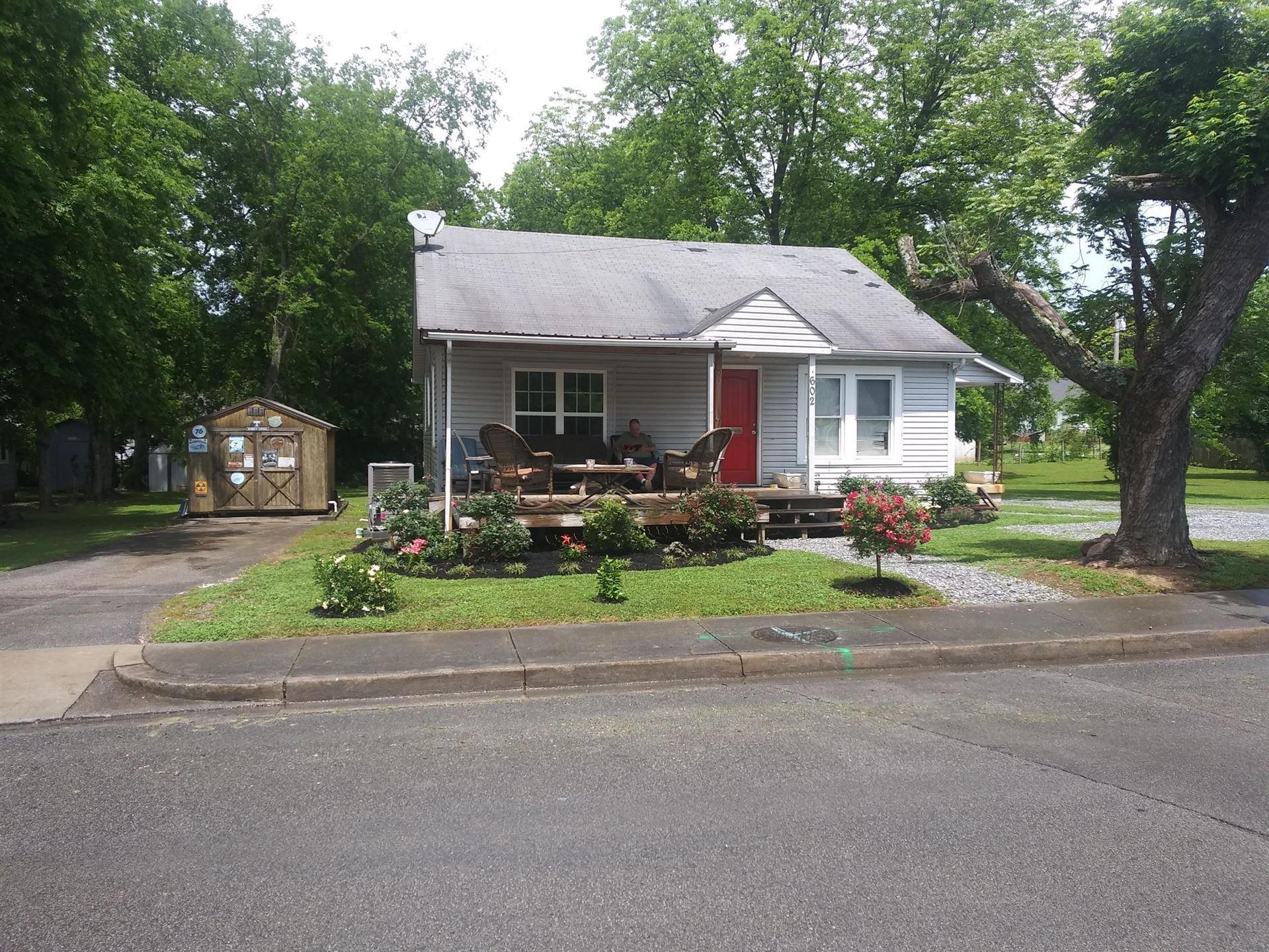 Photo of 602 Rule St, Maryville, TN 37804 (MLS # 1166652)
