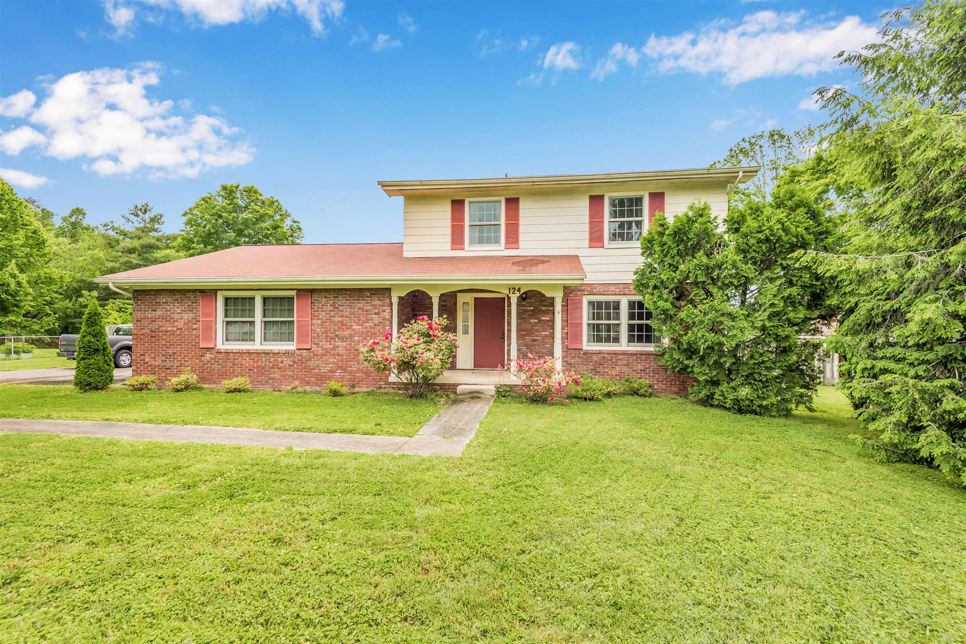 Photo of 124 Clemson Drive, Oak Ridge, TN 37830 (MLS # 1117658)