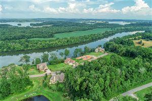 Photo of 231 Waters Edge Way, Lenoir City, TN 37771 (MLS # 1085660)