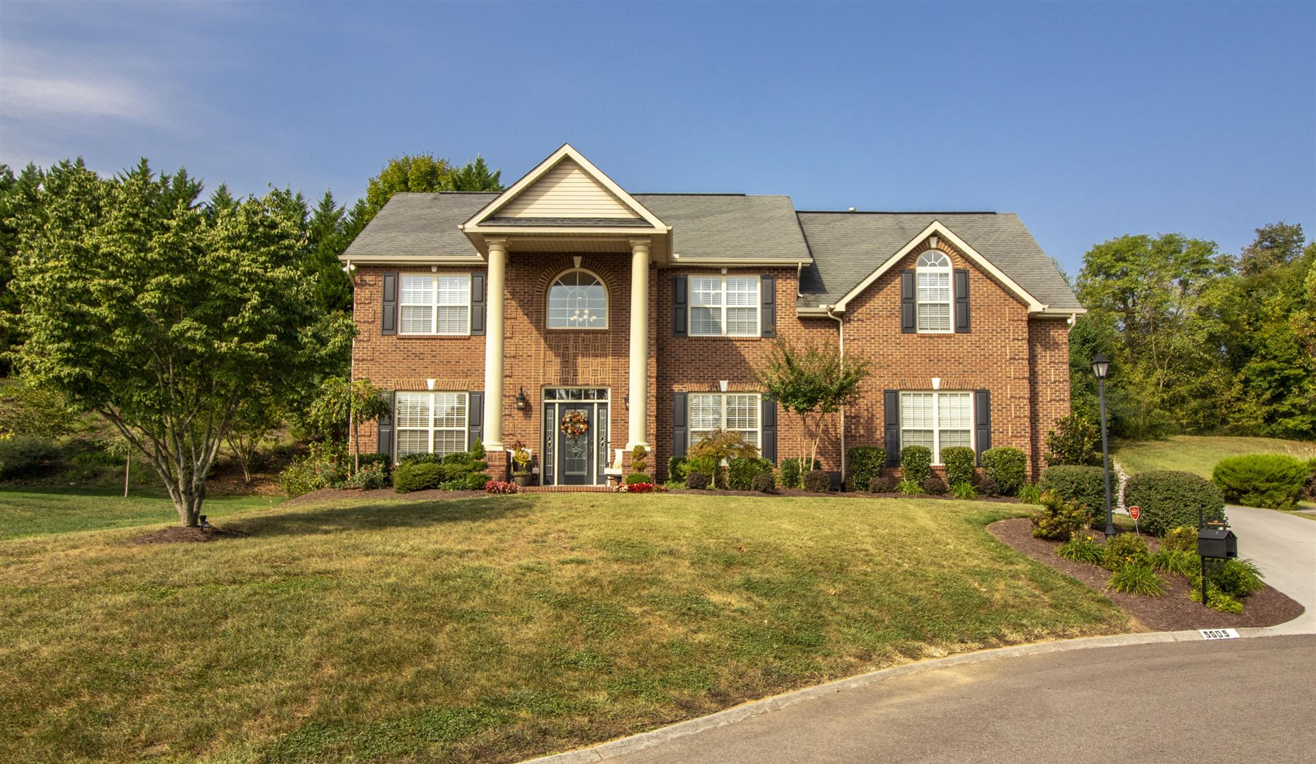 Photo of 5605 Bridgehampton Drive, Powell, TN 37849 (MLS # 1107661)