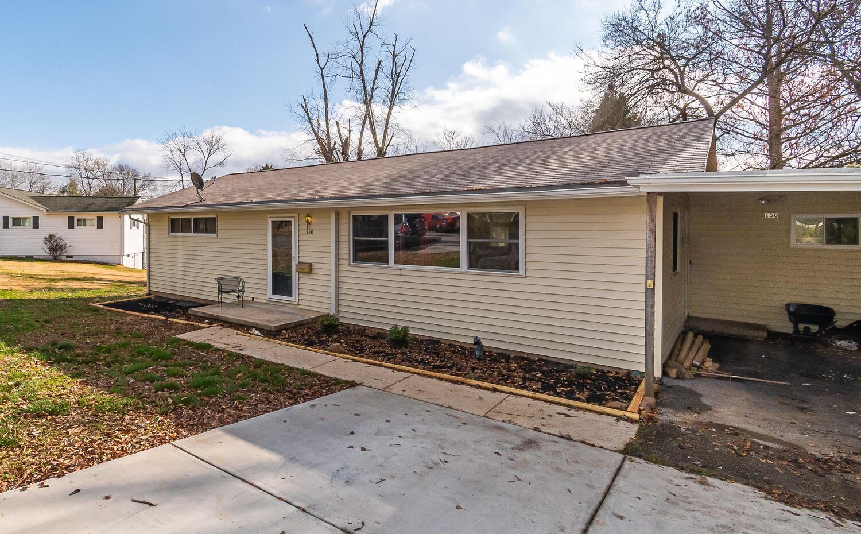 Photo of 150 Beverly Circle, Oak Ridge, TN 37830 (MLS # 1138693)
