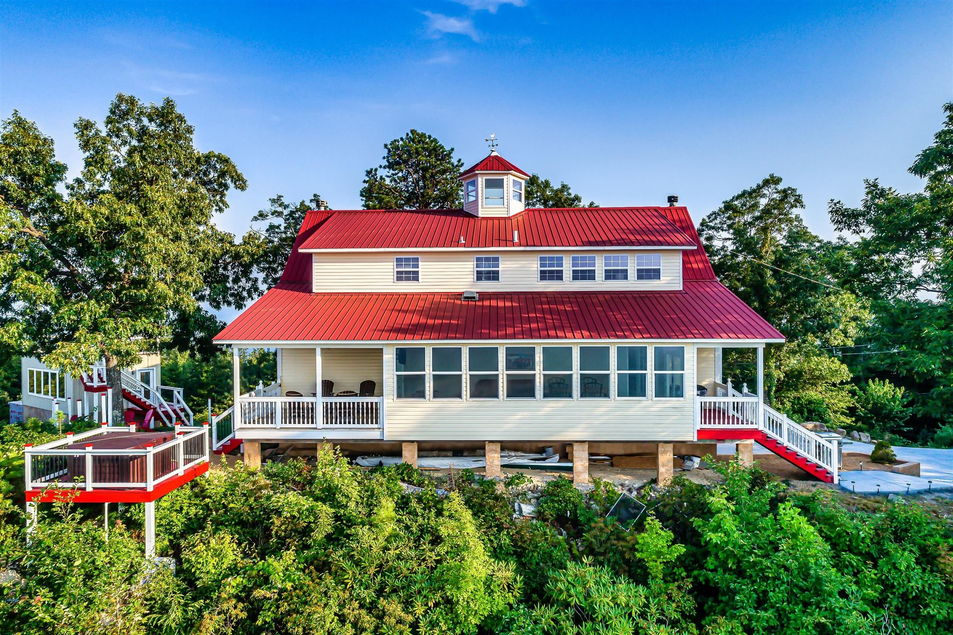 Photo of 2875 Top Rd, Sevierville, TN 37876 (MLS # 1161706)