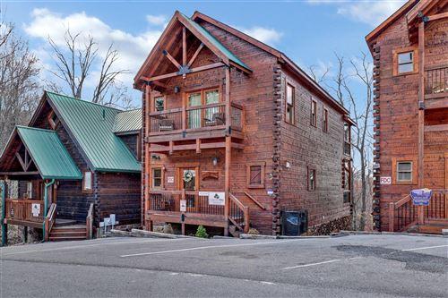Photo of 1253 Bear Cub Way, Gatlinburg, TN 37738 (MLS # 1148710)