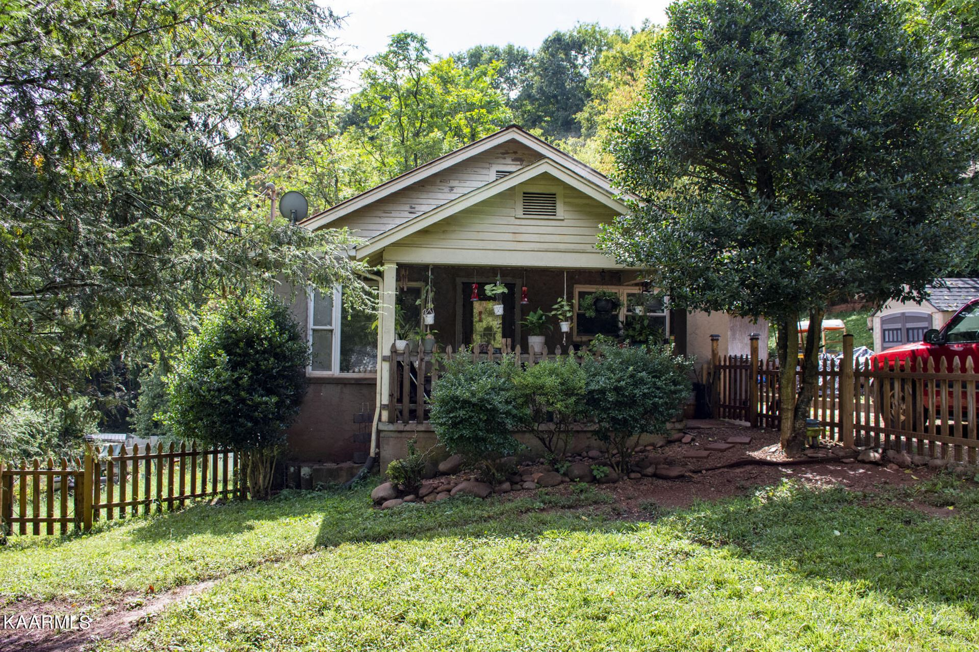 Photo of 4217 Cruze Rd, Knoxville, TN 37920 (MLS # 1171711)