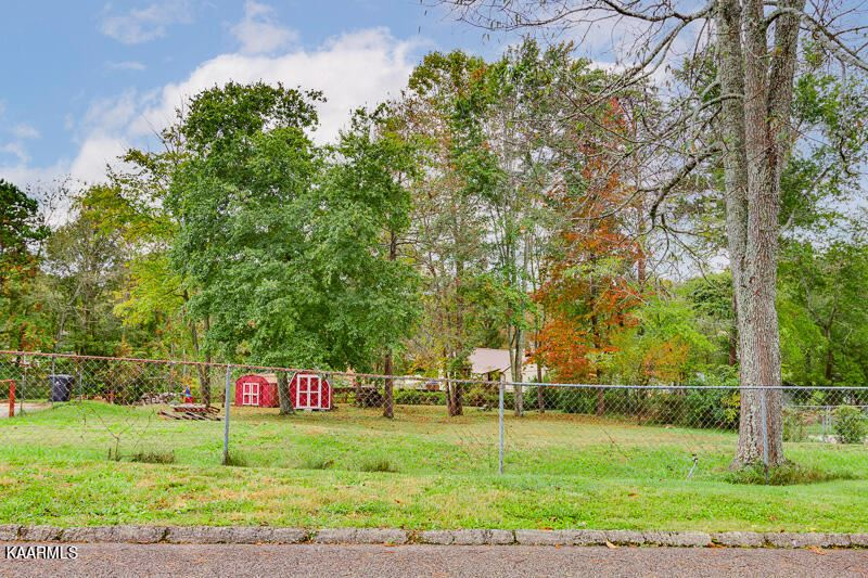 Photo of 5817 Outer Drive, Knoxville, TN 37921 (MLS # 1171728)