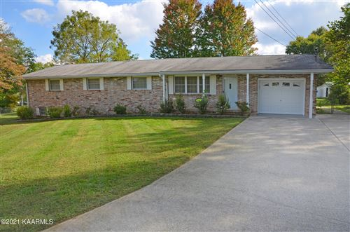 Photo of 5224 Winfield Lane, Knoxville, TN 37921 (MLS # 1170734)