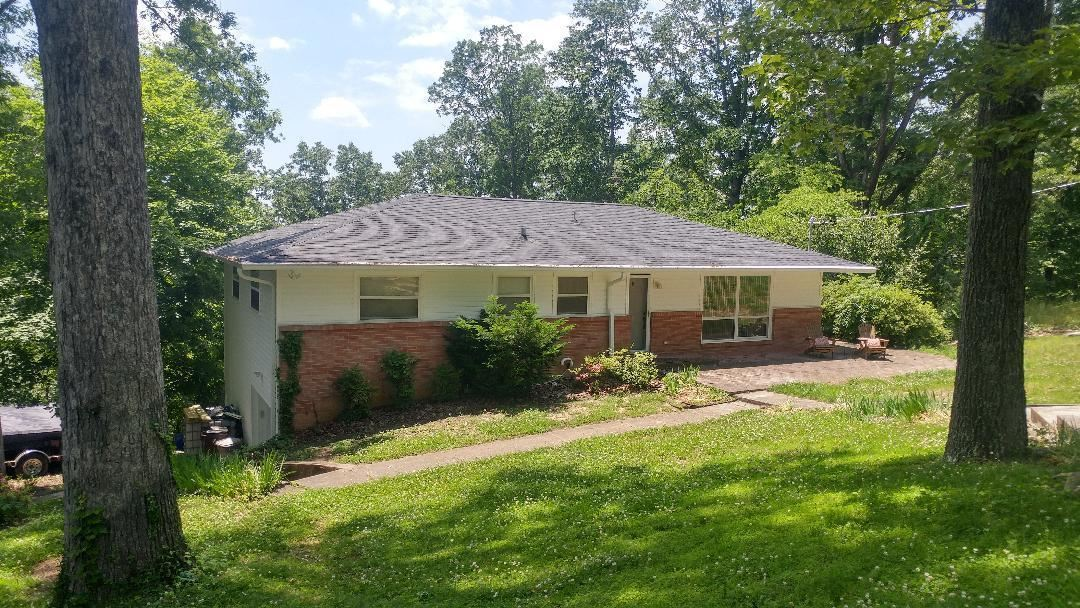 Photo of 103 Morgan Rd, Oak Ridge, TN 37830 (MLS # 1118739)
