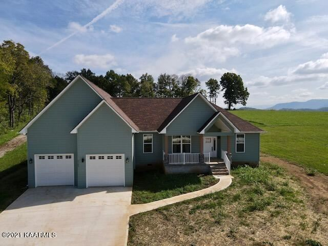 Photo of 2165 McCleary Rd, Sevierville, TN 37876 (MLS # 1170739)