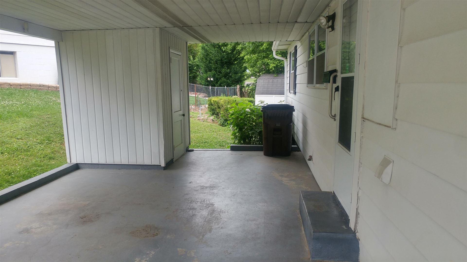 Photo of 109 Kingsley Rd, Oak Ridge, TN 37830 (MLS # 1155743)