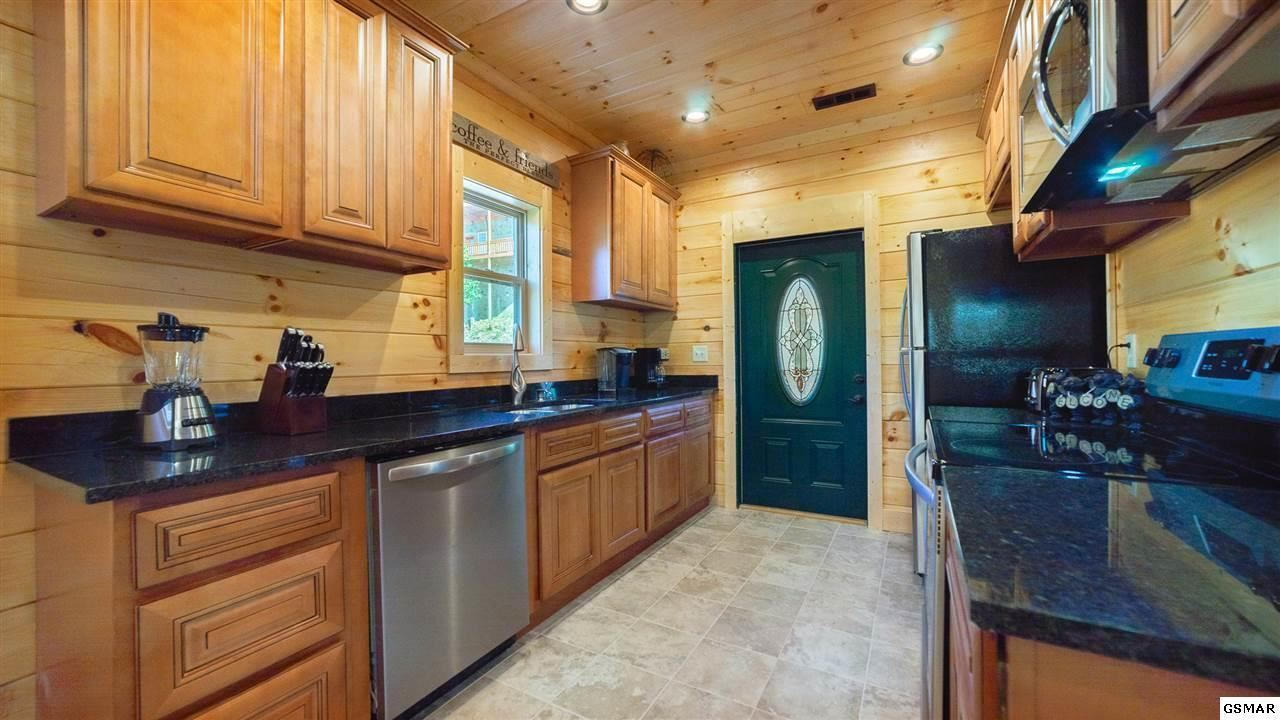 Photo of 1450 Eagle Cloud Way, Sevierville, TN 37862 (MLS # 1156754)