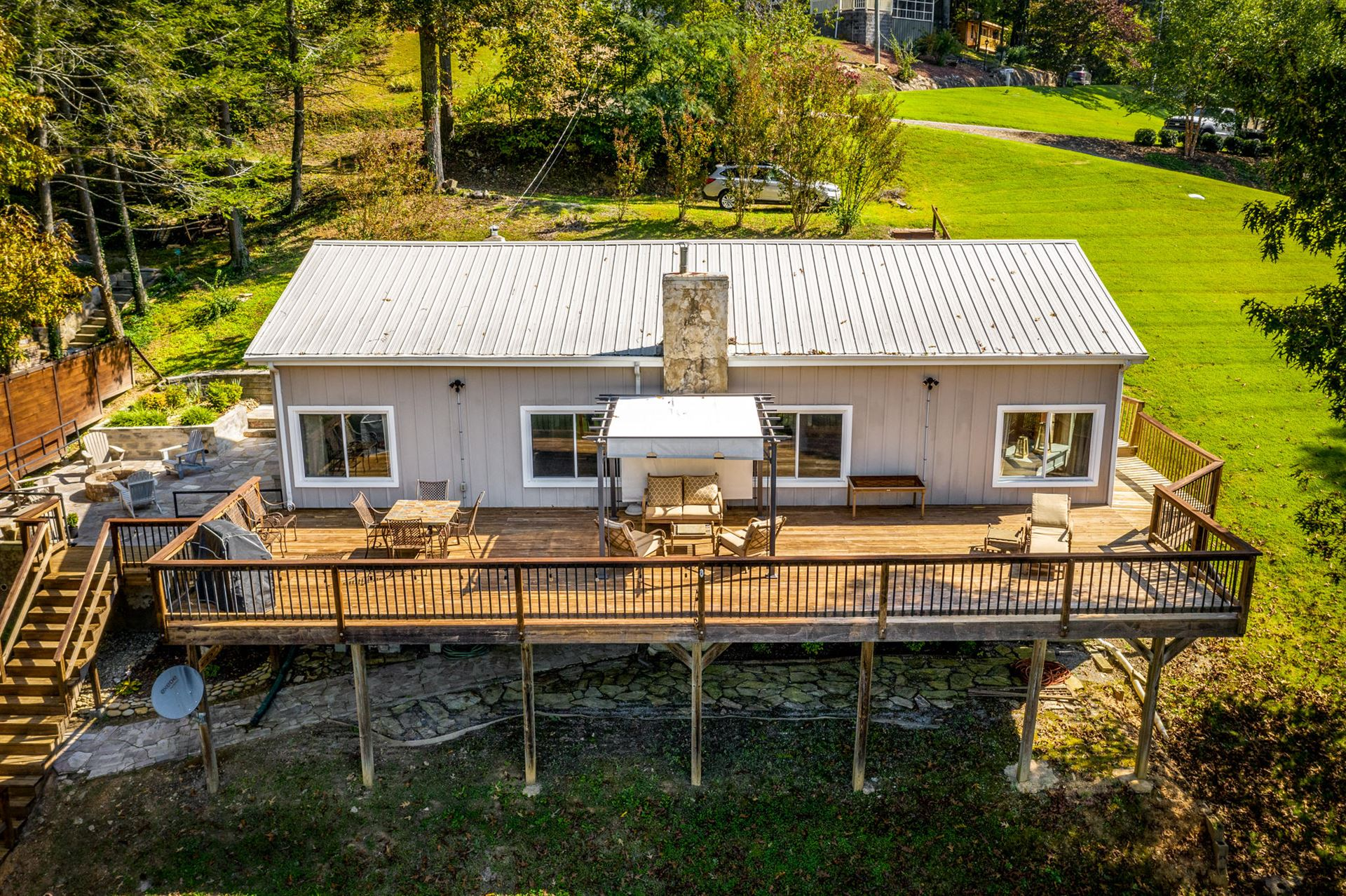 Photo for 325 Lakemont Drive, Mooresburg, TN 37811 (MLS # 1139766)