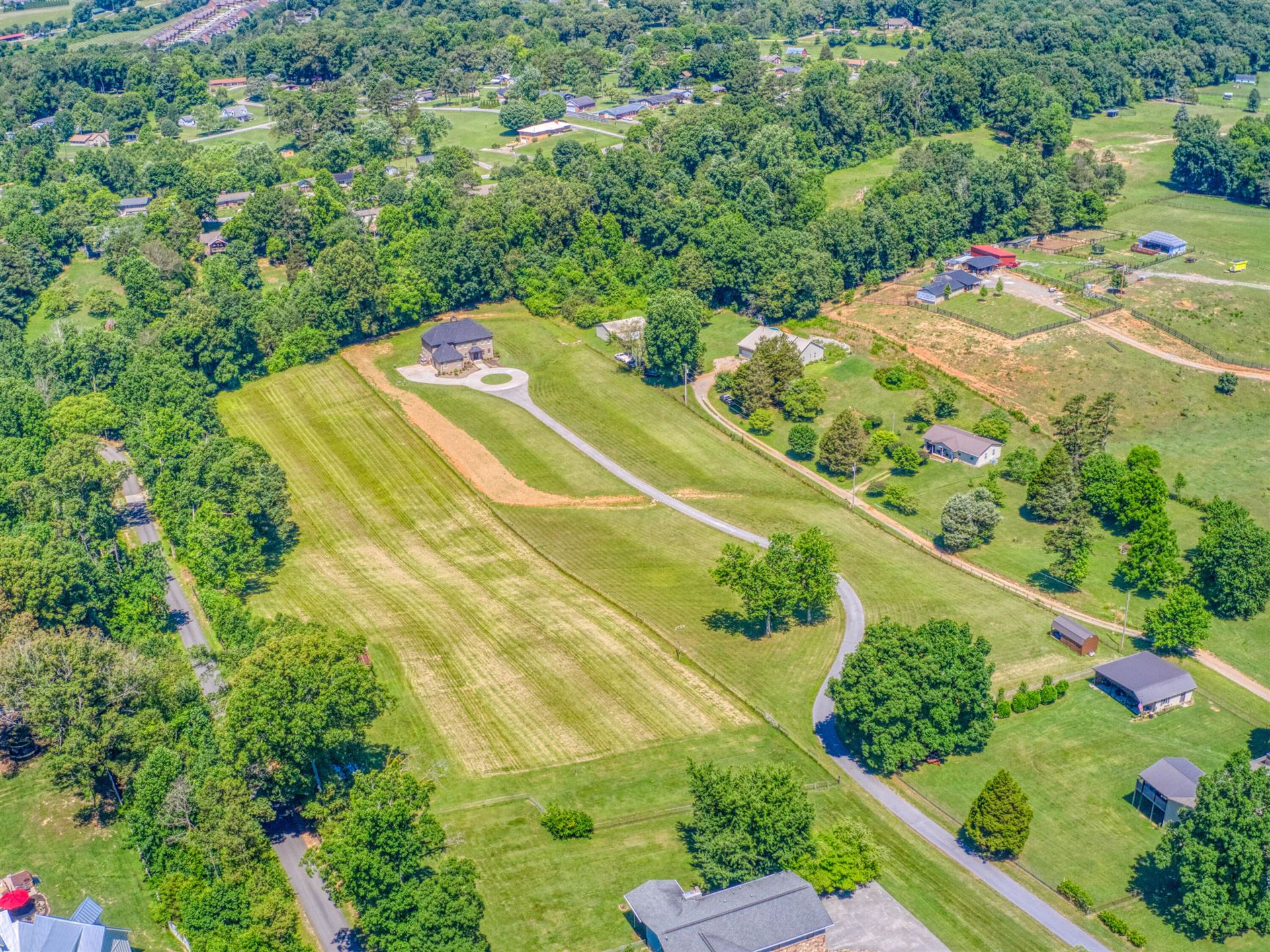 Photo of 573 Dixon Rd, Lenoir City, TN 37772 (MLS # 1157766)