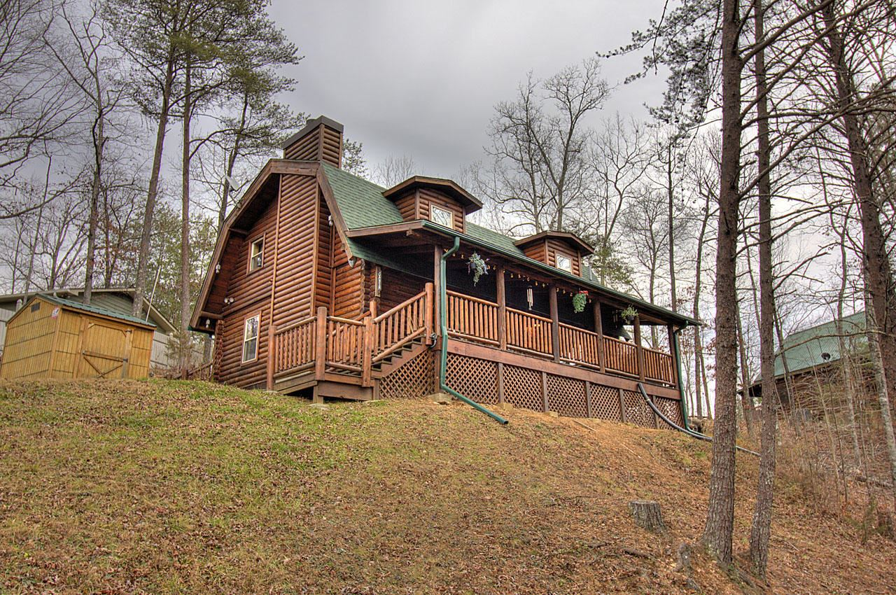 Photo of 1505 Pilgrims Way, Sevierville, TN 37876 (MLS # 1140769)