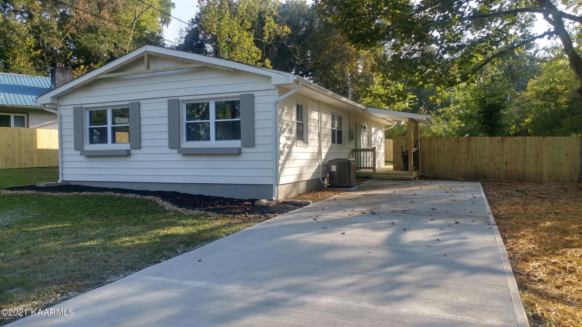 Photo of 100 Morris Lane, Oak Ridge, TN 37830 (MLS # 1170772)