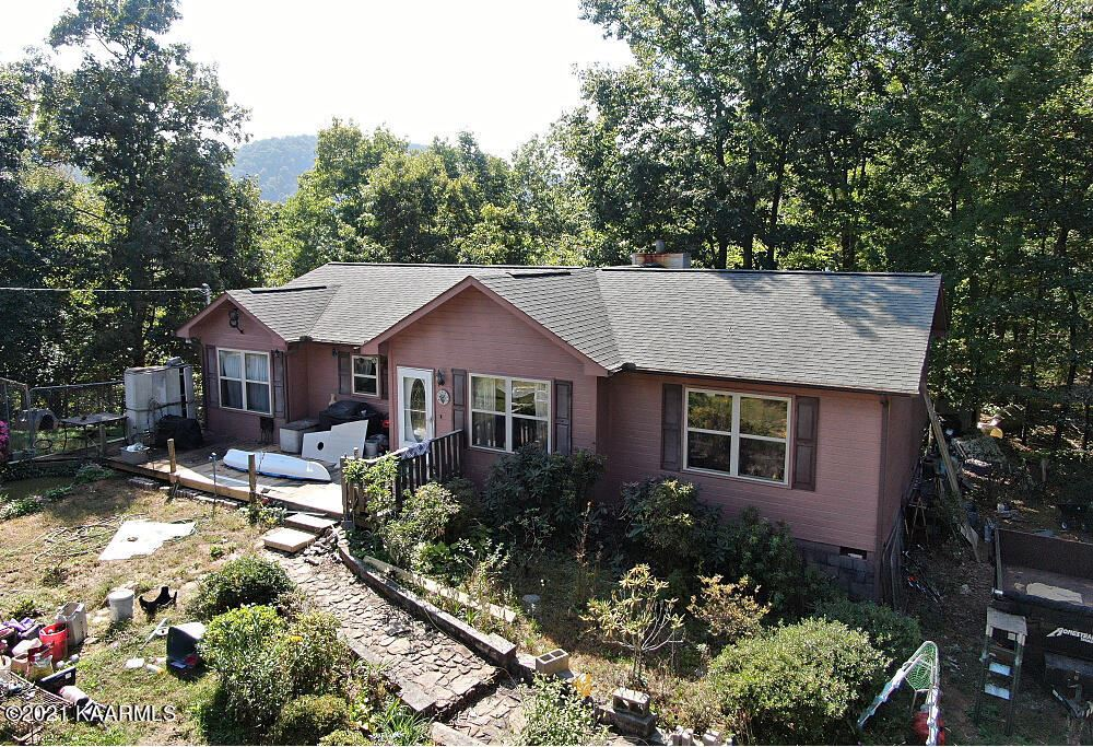 Photo of 3123 Butterfly Hollow Rd, Maryville, TN 37803 (MLS # 1170773)
