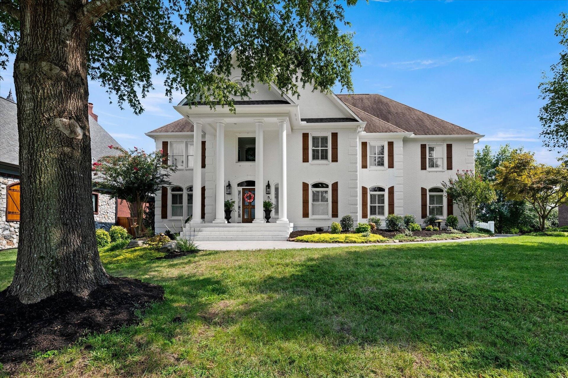Photo of 9146 Grey Pointe Drive, Knoxville, TN 37922 (MLS # 1167785)