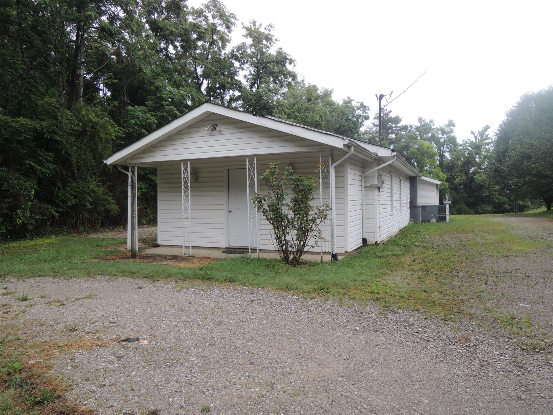 Photo of 1139 Pickett Park Hwy Hwy, Jamestown, TN 38556 (MLS # 1158789)