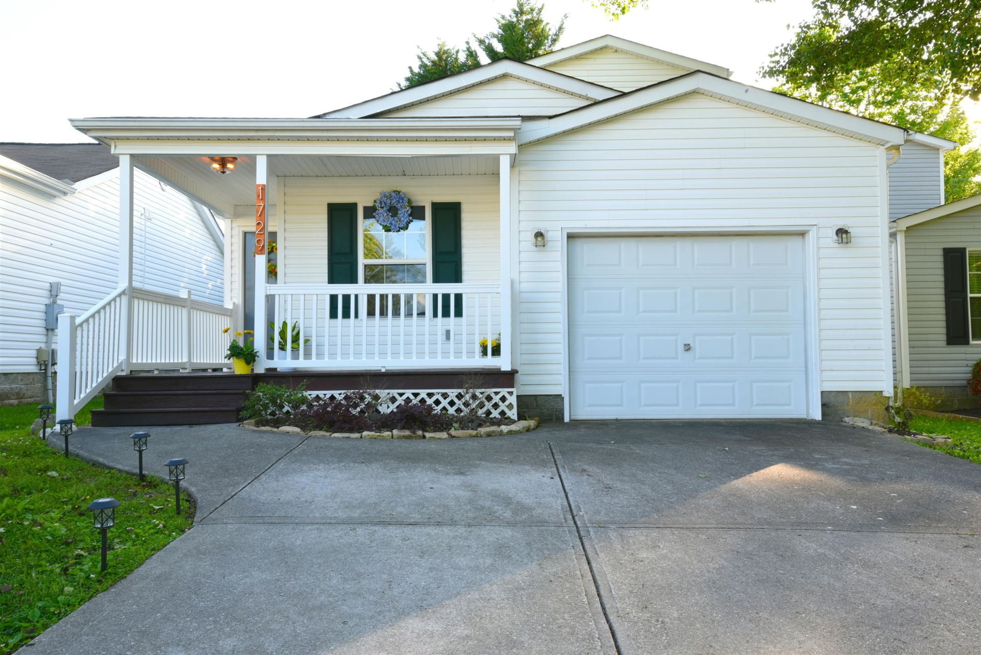 Photo of 1729 Delmonte Way, Knoxville, TN 37932 (MLS # 1152792)