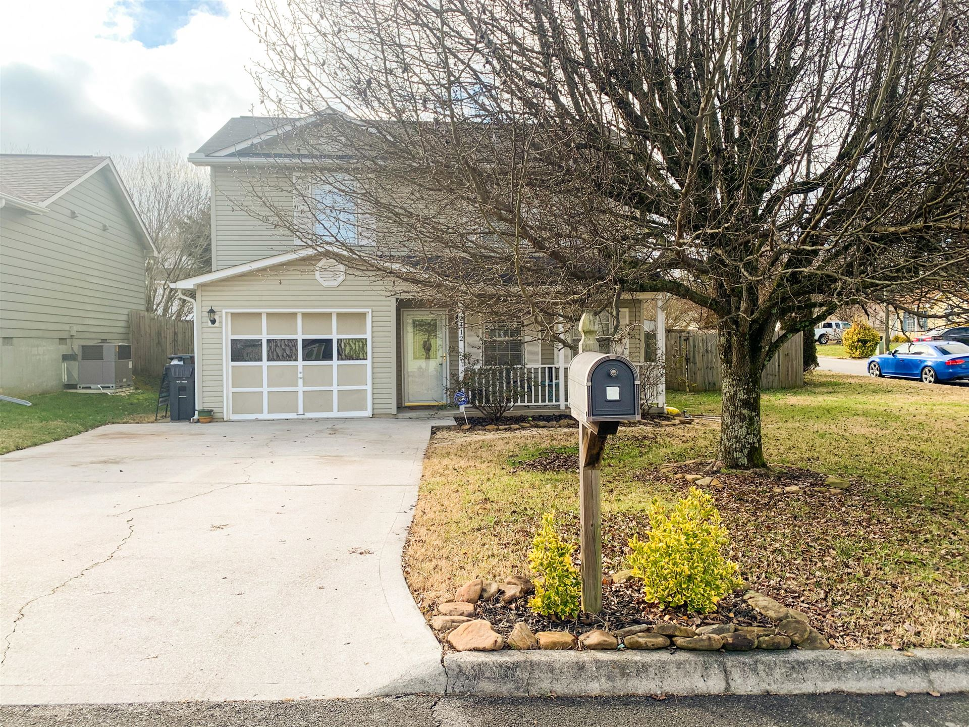 Photo of 2412 Wadsworth Drive, Knoxville, TN 37921 (MLS # 1139797)