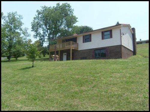 Photo of 276 Kinglsey Drive, Harrogate, TN 37752 (MLS # 1156802)