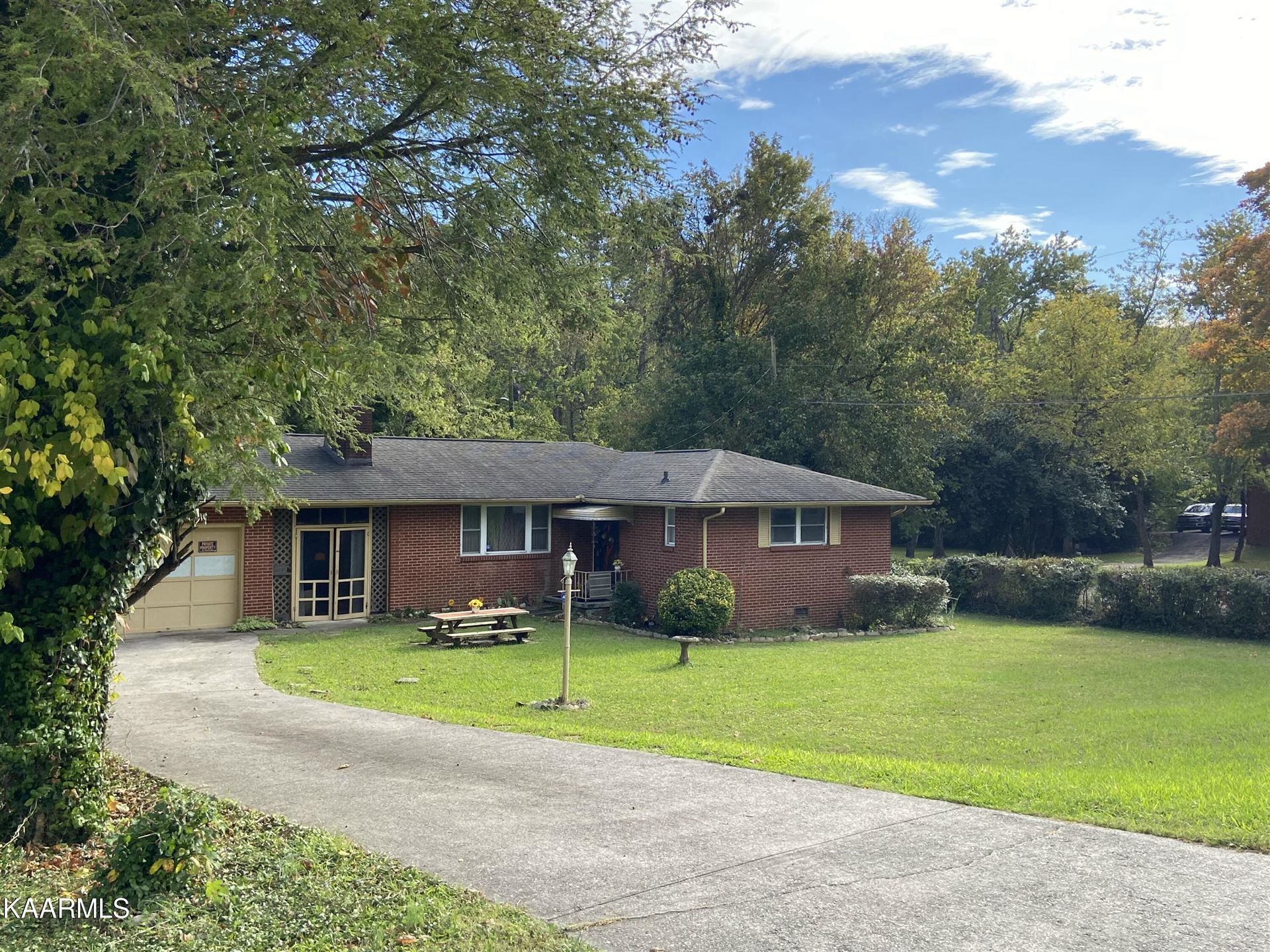 Photo of 5106 Asheville Hwy, Knoxville, TN 37914 (MLS # 1171813)