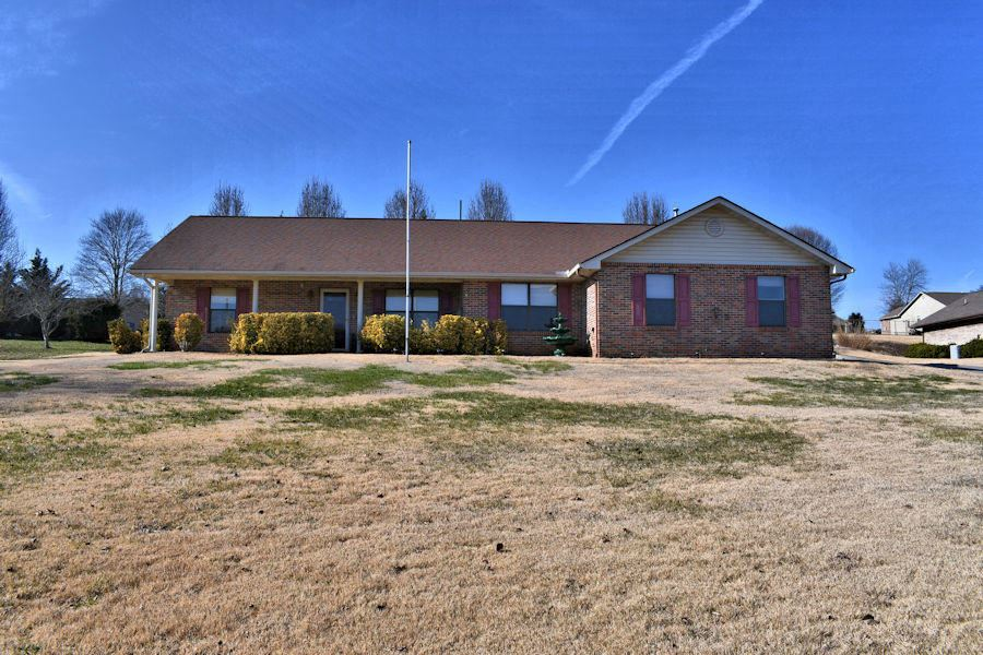 Photo of 2115 Bradley Lane, Sevierville, TN 37876 (MLS # 1139822)