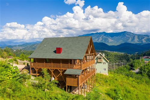 Photo of 772 Cliff Branch Rd, Gatlinburg, TN 37738 (MLS # 1151826)