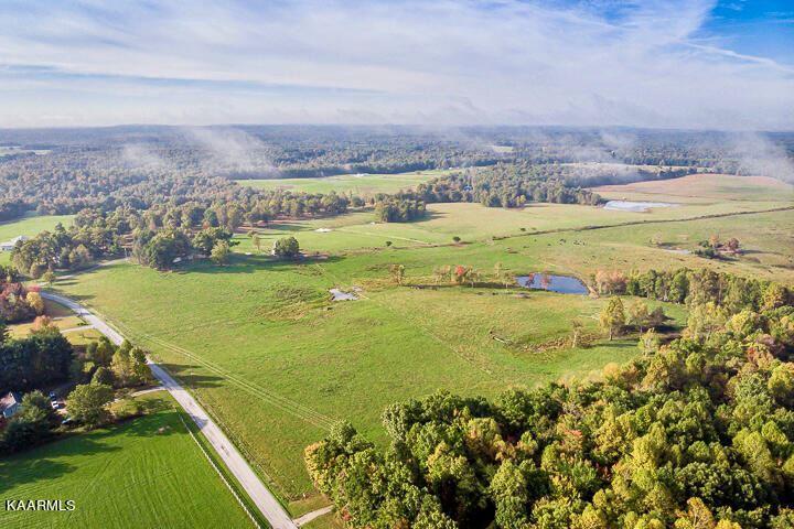 Photo of 63 Cow Pen Rd Rd, Crossville, TN 38571 (MLS # 1171833)